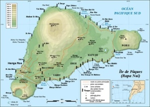 Ilha de Páscoa - forma triangular face aos vulcões em cada vértice