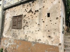 Marcas da guerra civil nos prédios da Bósnia - ainda muito presentes